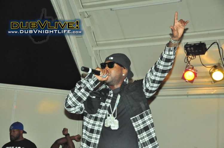 Young Jeezy performs in Morgantown, WV!