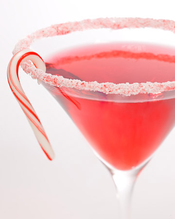 Christmas Party Ideas: How to Make a Candy Cane Cocktail